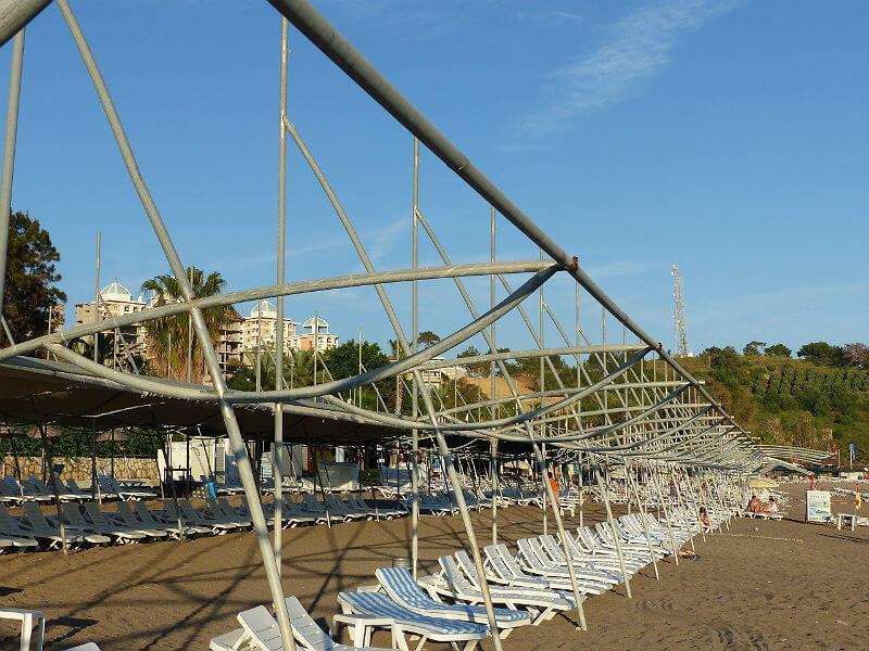 Sonnensegel am Strand. Kirman Arycanda de Luxe.  Copyright: Stefan Hoffmeister