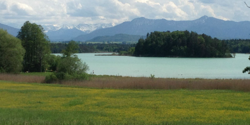 Ostersee Panorama mit Alpenblick